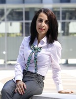 Ioana Fodor – designerul vestimentar care creeaza accesorii pentru toate tinutele