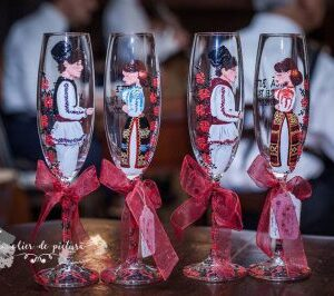 pahare de nunta pictate manual decor traditional artatelier de pictura tuincentru.ro