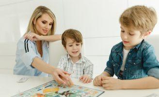Cauti un after school potrivit pentru copilul tau? Incepe cu Young Academics