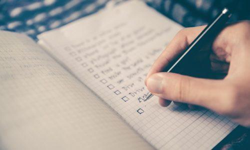 """<h2><a href=""""https://www.tuincentru.ro/afacerile-cum-iti-dai-seama-in-ce-te-bagi-in-11-pasi-complicati/"""">Afacerile: Cum îți dai seama în ce te bagi în 11 pași complicați<a href='https://www.tuincentru.ro/afacerile-cum-iti-dai-seama-in-ce-te-bagi-in-11-pasi-complicati/#comments' class='comments-small'>(4)</a></a></h2>De ce să nu fim sinceri? 11 pași simpli pentru a deschide o afacere nu prea există. Ca or fi simpli așa, în denumire, or fi; dar dacă începi să"""