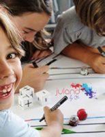 Cum pot învăța copiii programare fără laptop sau tabletă?