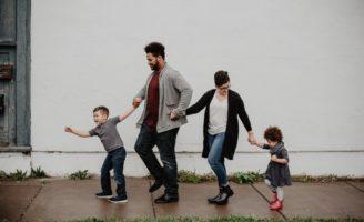 Învățarea nu se termină niciodată: resurse pentru părinți care își cresc frumos copiii